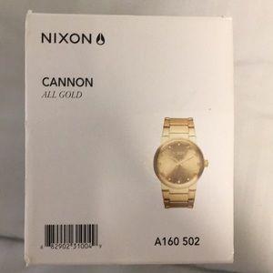 Nixon cannon gold watch